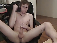 smooth guy jerking off