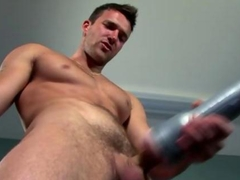Solo stud pornstar blow his load with a fleshlight