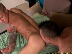 Rimming muscly pornstar rammed deep in his ass