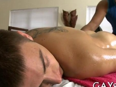 Tight ass hunk surrender himself to a gay masseur