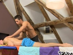 Two very hunky dudes after a massage suck a dick