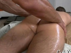 Hunky masseur Sucking a firm meaty cock